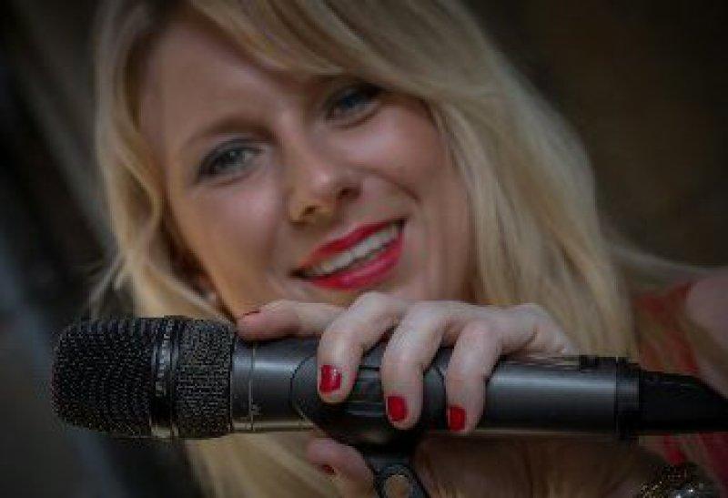 Lina Ammor Event Sangerin In Dortmund Nrw
